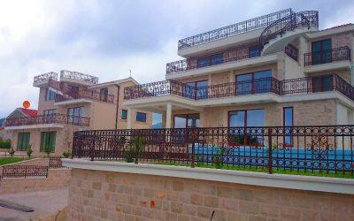 Herceg Novi'nin Lüks Bölgesinde Yer Alan Satılık Villa