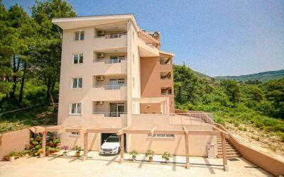 Tivat'ın Yeni Binasında İki Stüdyo Daire